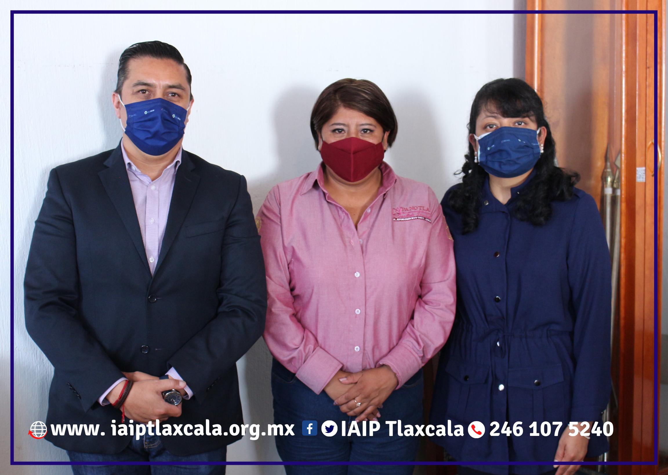 En sesión de cabildo, ayuntamiento de Panotla recibe a Comisionados del IAIP